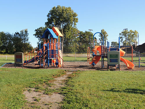 Harris Park Play Structure Photo