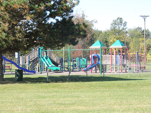 Lakeview Play Structure Photo